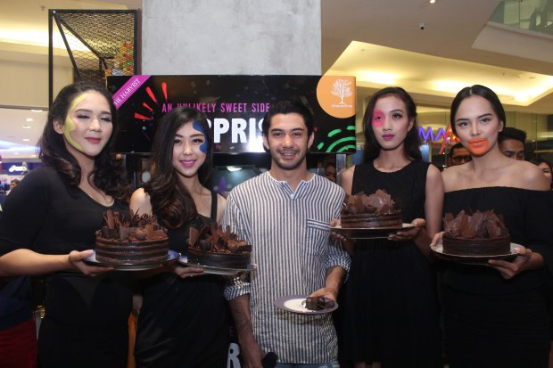 3 - Reza Rahadian dan Chocolate Spike